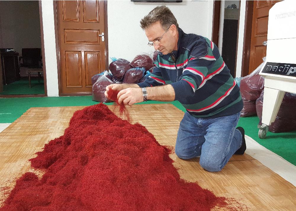 Saffron manufacture